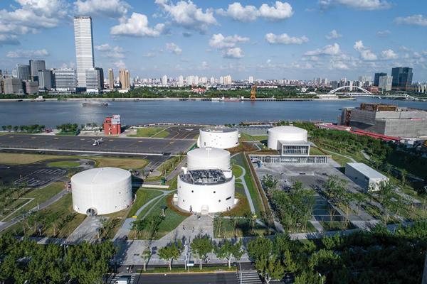 油罐艺术中心盛大开幕 三大展览打造上海新地标