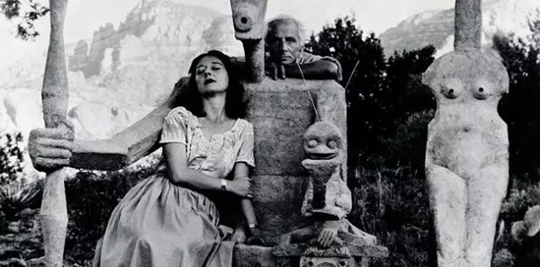 多萝西娅·丹宁(Dorothea Tanning)和马克斯·恩斯特(Max Ernst)的雕塑《摩羯座》(Capricorn),1947年