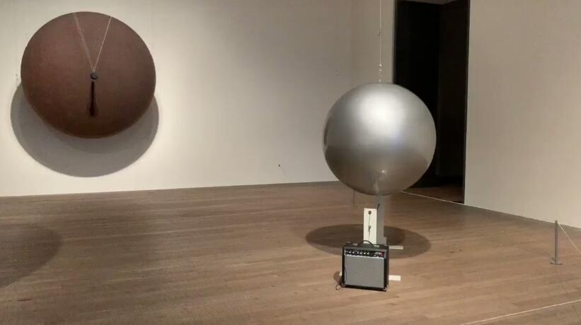 塔基斯展——可爱的希腊人和他难以置信的磁力奇迹