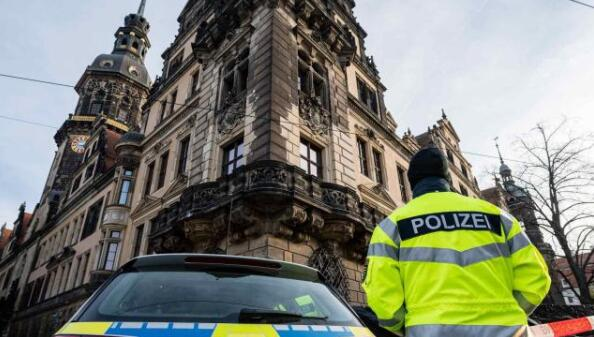 战后德国博物馆最大劫案:失窃珍宝卖得出去、追得回来吗?
