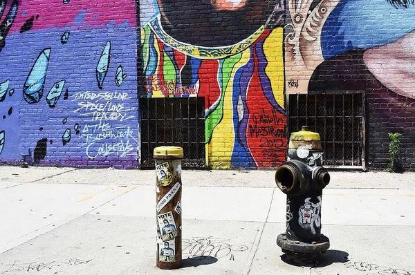 布鲁克林式抽象狂欢——艾迪•马丁内斯