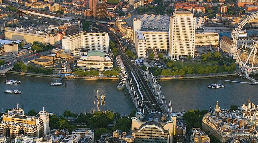 """英国伦敦南岸中心:用艺术节作为核心内容的文化""""目的地"""""""