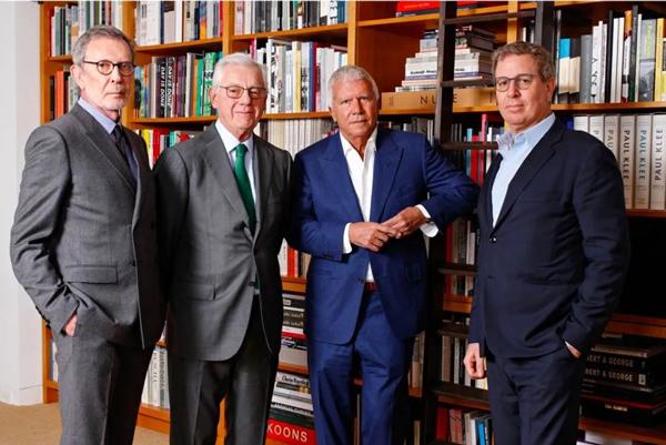 藏家市场专家解读三家画廊联手抢走顶级拍卖行41亿生意