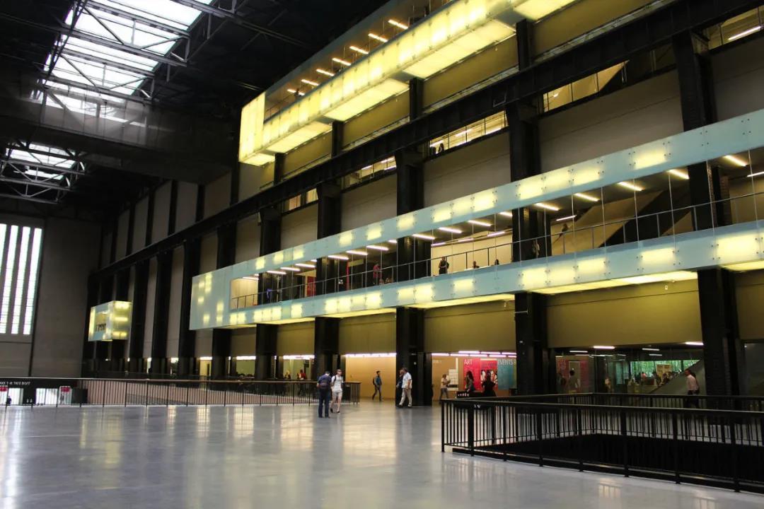 2020年透纳奖展览因疫情停办,改为奖助十位入选艺术家每人一万元英镑