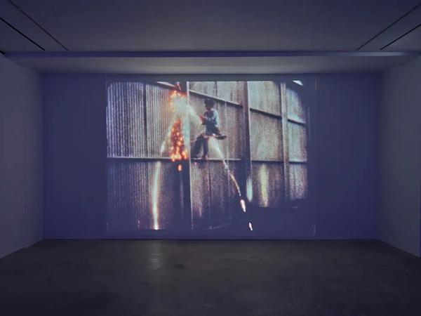 卓納香港 | 夏季群展《移步換形》之戈登·馬塔-克拉克(Gordon Matta-Clark)