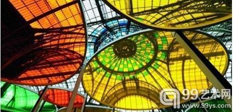 丹尼尔·布汉为巴黎大宫 Monumenta 计划创作的现场作品《Excentrique(s)》(2012)