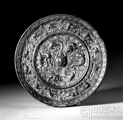 古代铜镜展将在深博举行,图为展出的青峰泉藏唐·海兽葡萄镜。(主办方供图)