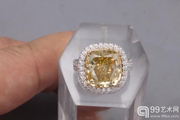 9.34卡拉天然彩黄色SI2净度钻石戒指