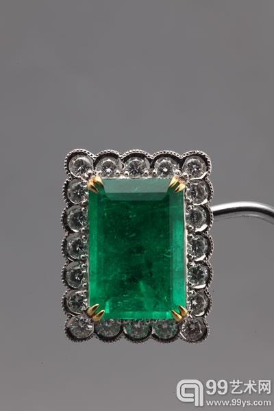 11.42卡拉天然「哥伦比亚」祖母绿配钻石耳钉