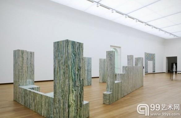 露西·麦肯齐个展在阿姆斯特丹市立博物馆开幕