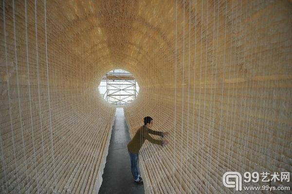 朱金石大型装置《船》在Art 13 London艺术博览会展出,2013年2月。