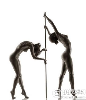 Andre Brito 作品:紧绷的运动裸体大片