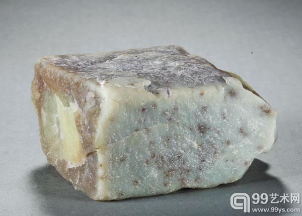 北京博观拍卖:青海黄玉原料之特征辨析