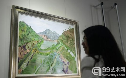 """27日,""""梅溪意蕴""""中国油画家写生展在长沙梅溪湖国际新城开幕。"""