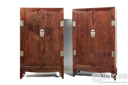 明或清前期 黄花梨大方角柜成对 2014中国嘉德至美生活系列展